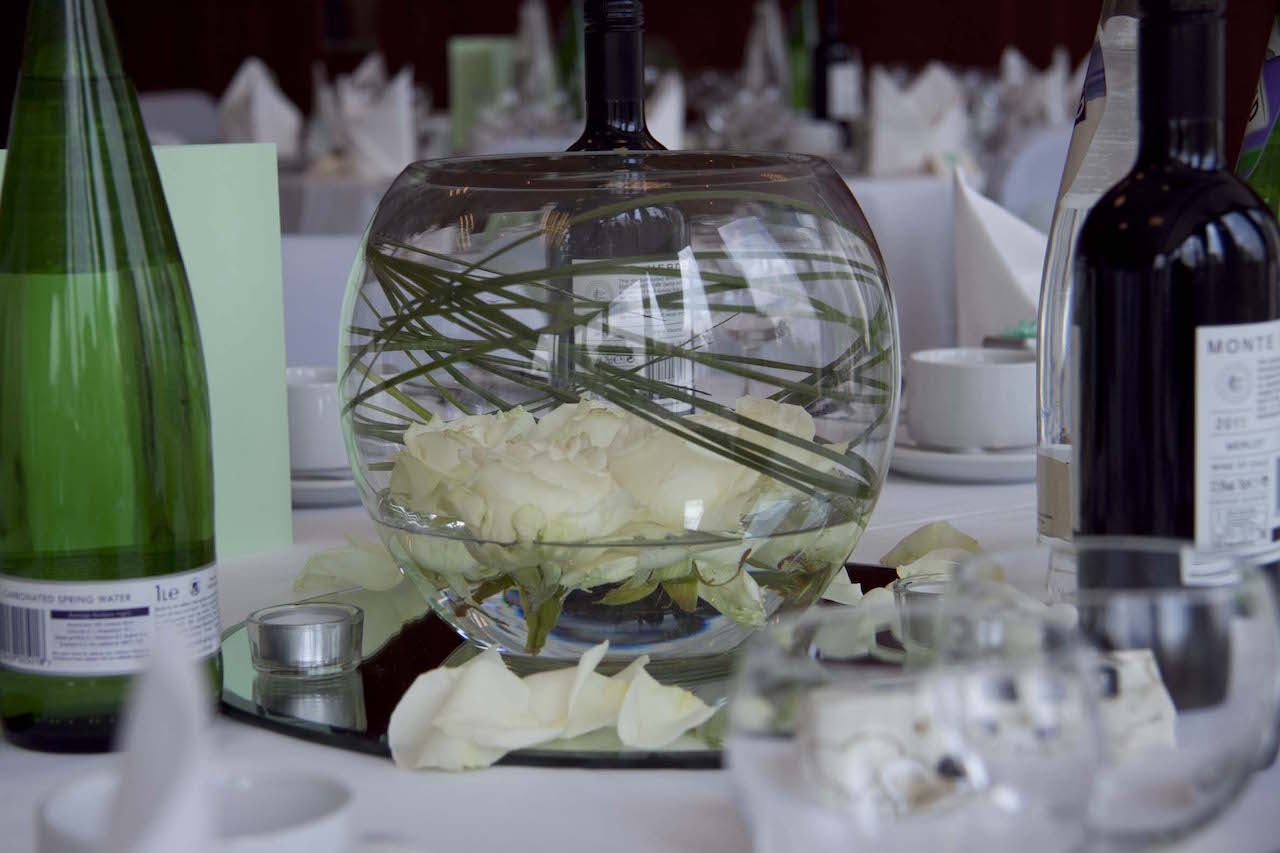 fish bowl mirror plate centrepiece
